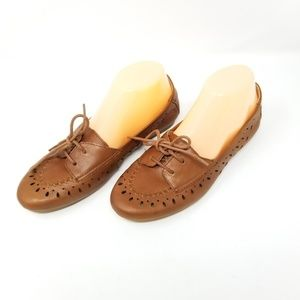 Born Brown Cut Out Leather Womans Flats 8 M
